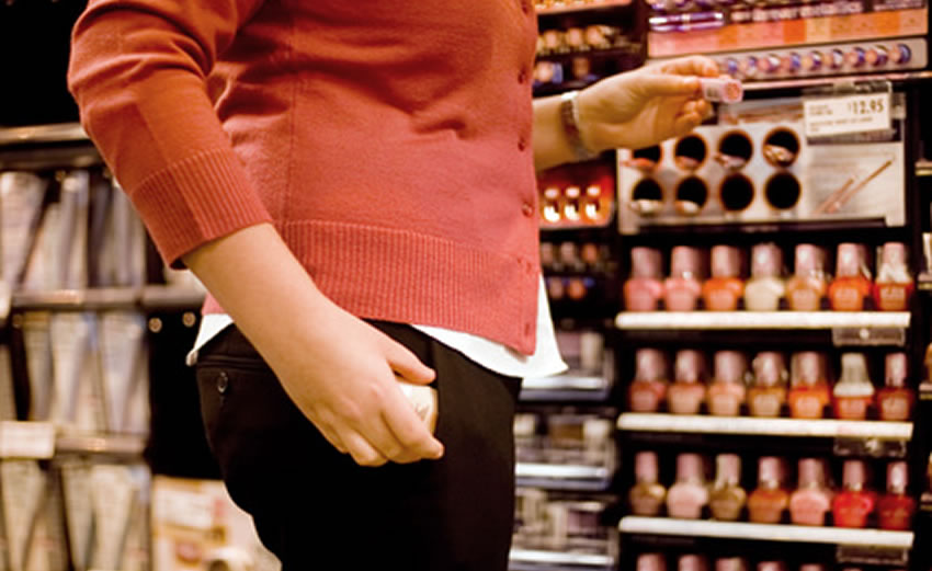 Criminal Defense Lawyer in Orlando Provides Defense Against Shoplifting Charges