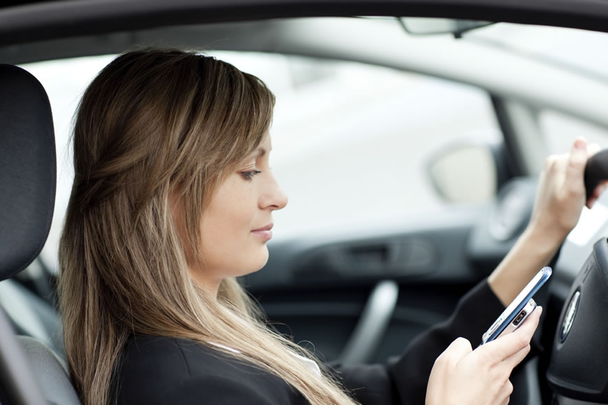 Defense Against Distracted Driving, Texting and Driving Charges in Orlando